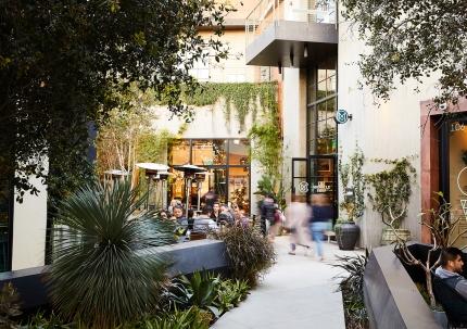 Thoughtful Retail - Platform LA Exteriors by Nicole Franzen