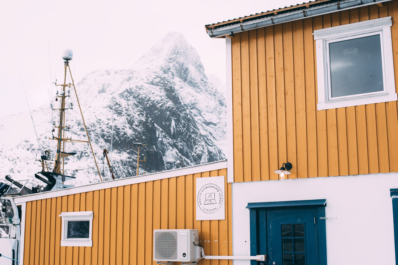 Arctic Coworking Lodge